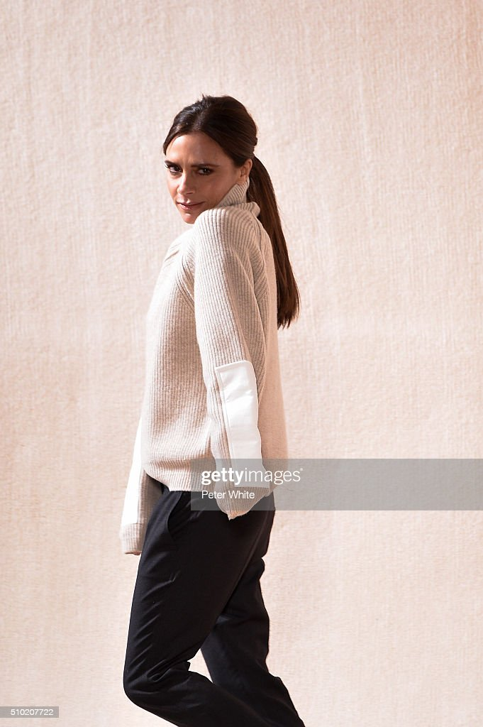 Victoria Beckham - Runway - Fall 2016 New York Fashion Week