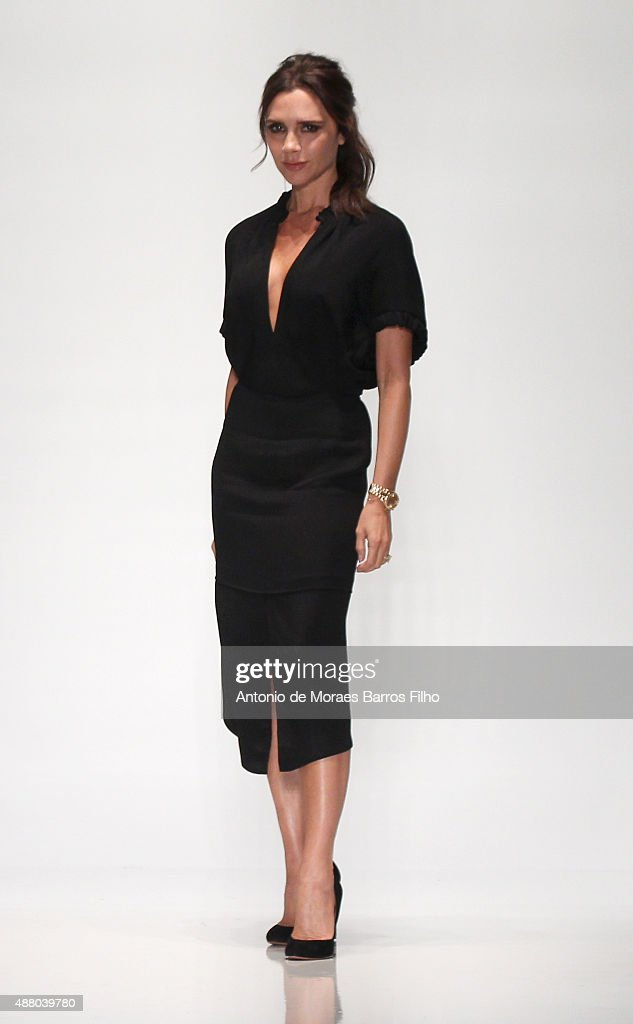 Designer <a gi-track='captionPersonalityLinkClicked' href=/galleries/search?phrase=Victoria+Beckham&family=editorial&specificpeople=161100 ng-click='$event.stopPropagation()'>Victoria Beckham</a> walks the runway wearing <a gi-track='captionPersonalityLinkClicked' href=/galleries/search?phrase=Victoria+Beckham&family=editorial&specificpeople=161100 ng-click='$event.stopPropagation()'>Victoria Beckham</a> Spring 2016 during New York Fashion Week at The Cunard Building on September 13, 2015 in New York City.