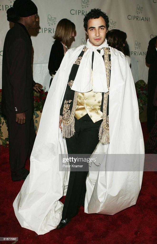 Designer Zac Posen attends Sean 'P Diddy' Combs 35th Birthday Celebration on November 4 2004 in New York City