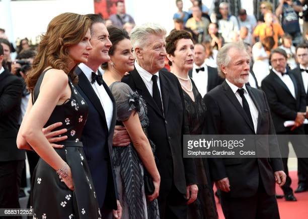 Desiree Gruber Kyle MacLachlan Emily Stofle David Lynch Sabrina Sutherland and Guest attend the 'Twin Peaks' screening during the 70th annual Cannes...