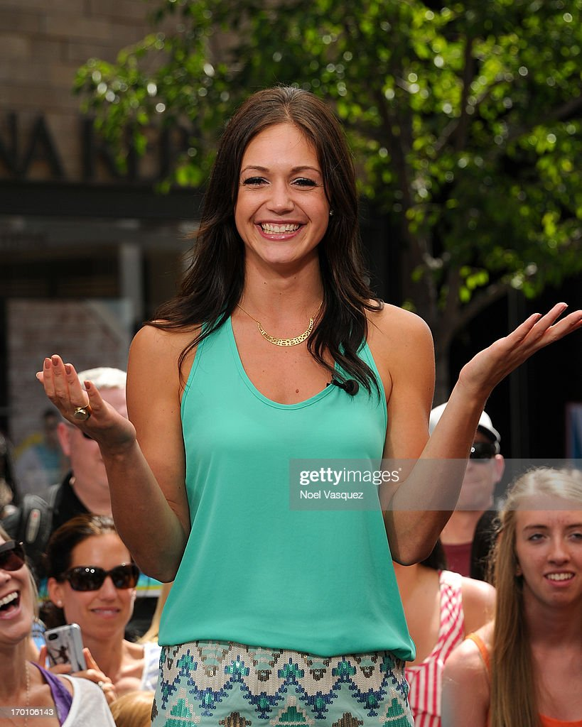Desiree Hartsock vists 'Extra' at The Grove on June 6, 2013 in Los Angeles, California.