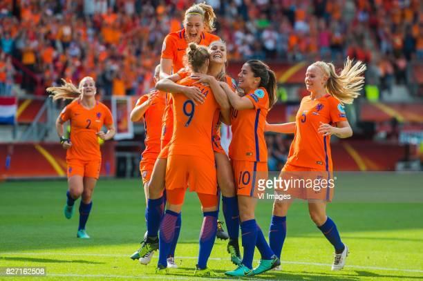 Desiree van Lunteren of Holland Women Anouk Dekker of Holland Women Vivianne Miedema of Holland Women Lieke Martens of Holland Women Danielle van de...