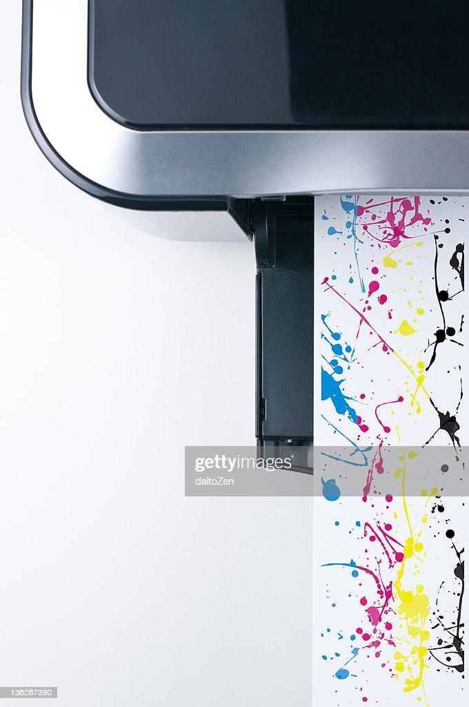 Desktop printer with CMYK color splashes