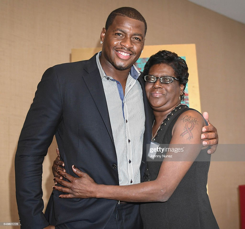 Desmond Mason attends the 2016 Union National Culture And Sports Foundation's Sports For Peace Charity Dinner Gala at United Nations on June 29 2016...