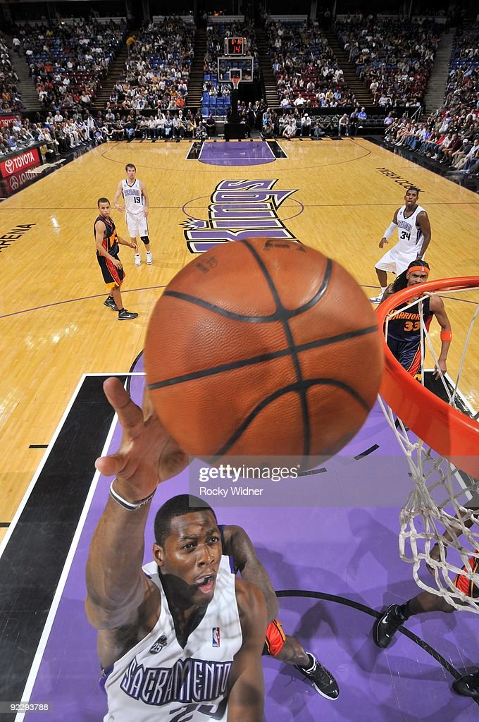 Desmond Mason of the Sacramento Kings shoots a layup during a preseason game against the Golden State Warriors at Arco Arena on October 17 2009 in...