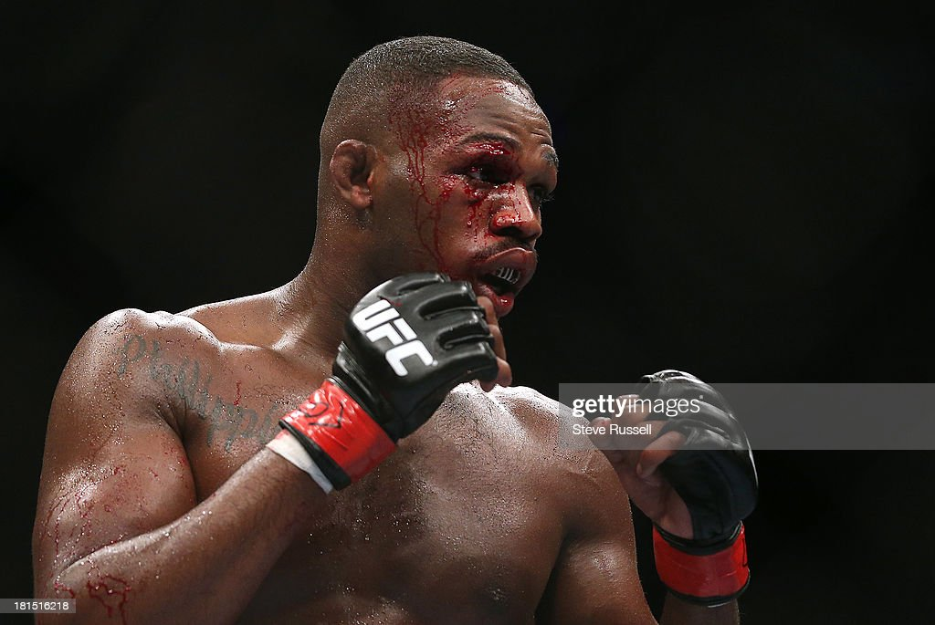 TORONTO, ON- SEPTEMBER 22 - Despite being cut Light Heavyweight <a gi-track='captionPersonalityLinkClicked' href=/galleries/search?phrase=Jon+Jones+-+Mixed+Martial+Artist&family=editorial&specificpeople=8928306 ng-click='$event.stopPropagation()'>Jon Jones</a> retains his Light Heavyweight title against Swede Alexander Gustafsson at UFC 165 at the Air Canada Centre in Toronto, September 22, 2013.