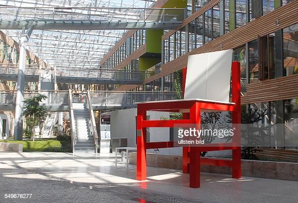 Dessau umwelbundesamt nachbau des kinderstuhl 39 ti 3a for Marcel breuer stuhl nachbau