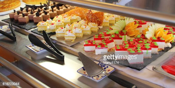 dessert buffet on a cruise ship : Photo