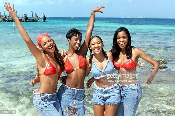 Destiny's Child poses for photographs backstage during MTV's Spring Break 2000 in Cancun Mexico