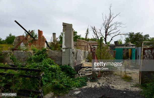 A destroyed house is seen on the frontline on September 06 2017 in Avdiivka Ukraine The frontlinecity Avdiivka is located on the outskirsts of...