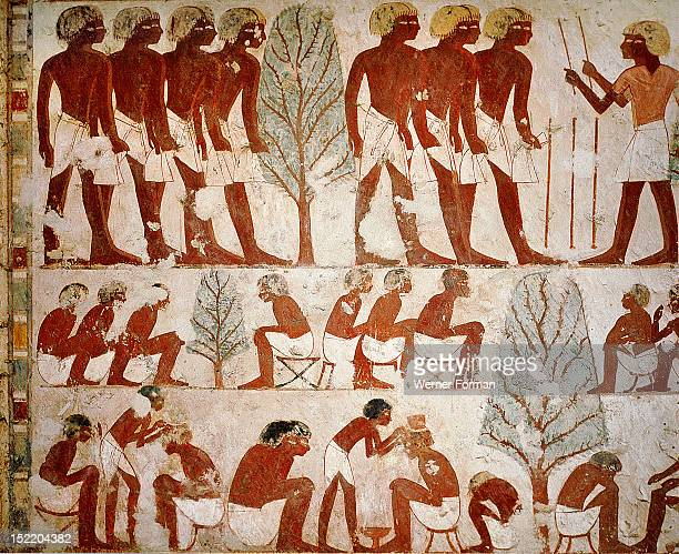 A detail of a painting in the tomb of Userhet Royal Scribe of Amenophis II In the top register an officer is addressing recruits while in the middle...