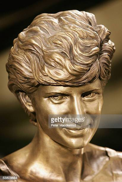 A detail of a statue of Diana Princess of Wales and Dodi Al Fayed is seen as it is unveiled at Harrods department store on 1 September 2005 in London...