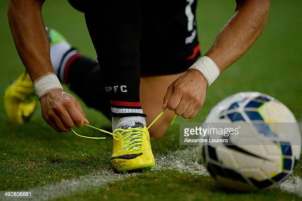 Detail of Alexandre Pato boots of Sao Paulo during a match between Fluminense and Sao Paulo as part of Brasileirao Series A 2014 at Maracana on May...