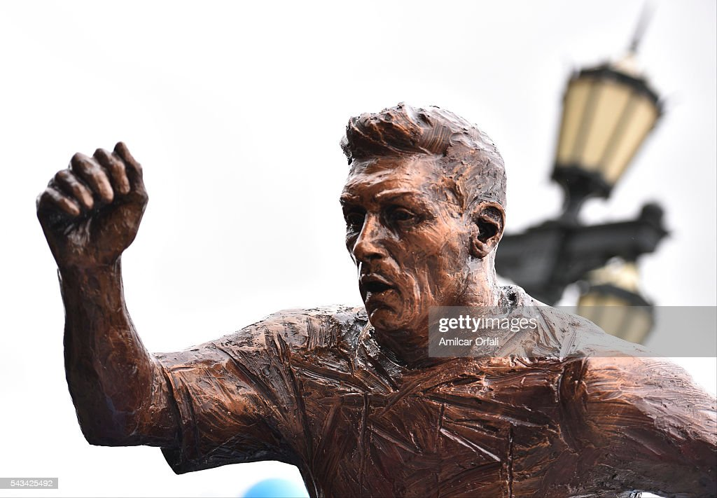 Detail of Lionel Messi statue at Paseo de la Gloria on June 28, 2016 in Buenos Aires, Argentina. Lionel Messi has announced his retirement from international football following a loss in Copa America final match against Chile.