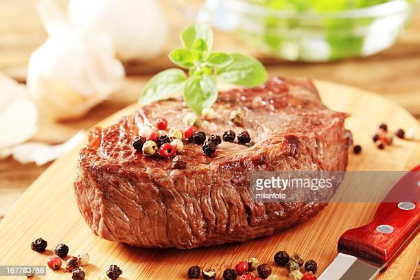 Détail de steak grillé