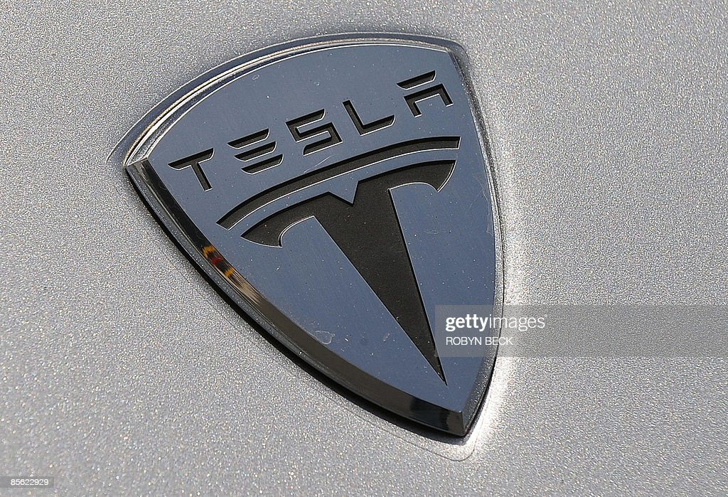 A detail of the new Tesla Model S all-electric sedan at the car's unveiling in Hawthorne, California on March 26, 2009. Musk said the state-of-the-art, five-seat sedan will be the world's first mass-produced, highway-capable electric car. The car has an anticipated base price of 57,400 US dollars but will cost less than 50,000 after a federal tax credit of 7,500 dollars. AFP PHOTO / Robyn BECK