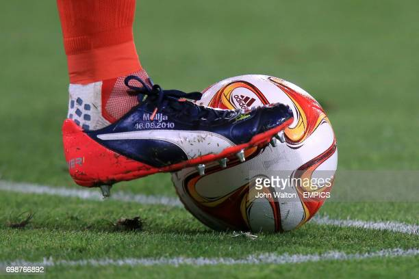 Detail of Wolfsburg goalkeeper Diego Benaglio controlling the ball