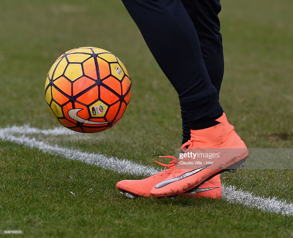 A detailed view of the Nike shoes worn by Eder during the FC Internazionale training session at the club's training ground at Appiano Gentile on February 12, 2016 in Como, Italy.