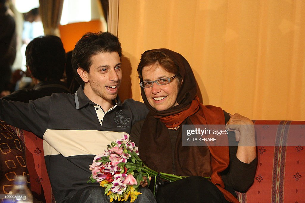 Detained US hiker Josh Fattal sits with his mother Laura during their first meeting since his arrest, in the Iranian capital Tehran on May 20, 2010. The mothers of three US hikers detained for 10 months in Iran called for their release as a 'humanitarian gesture' after an emotional reunion with their children, an AFP correspondent said.