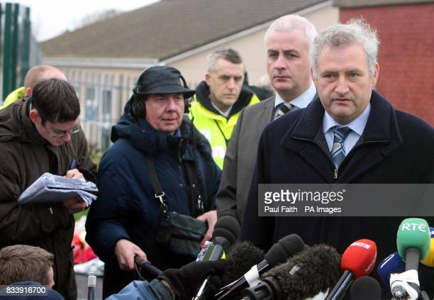 Detective Chief Superintendent Norman Baxter speaking to the media at the Omagh fire scene