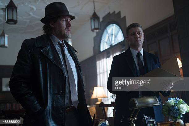 Detective James Gordon and Harvey Bullock set out to stop a biology teacher who has been harvesting the glands of his murder victims in the 'The...