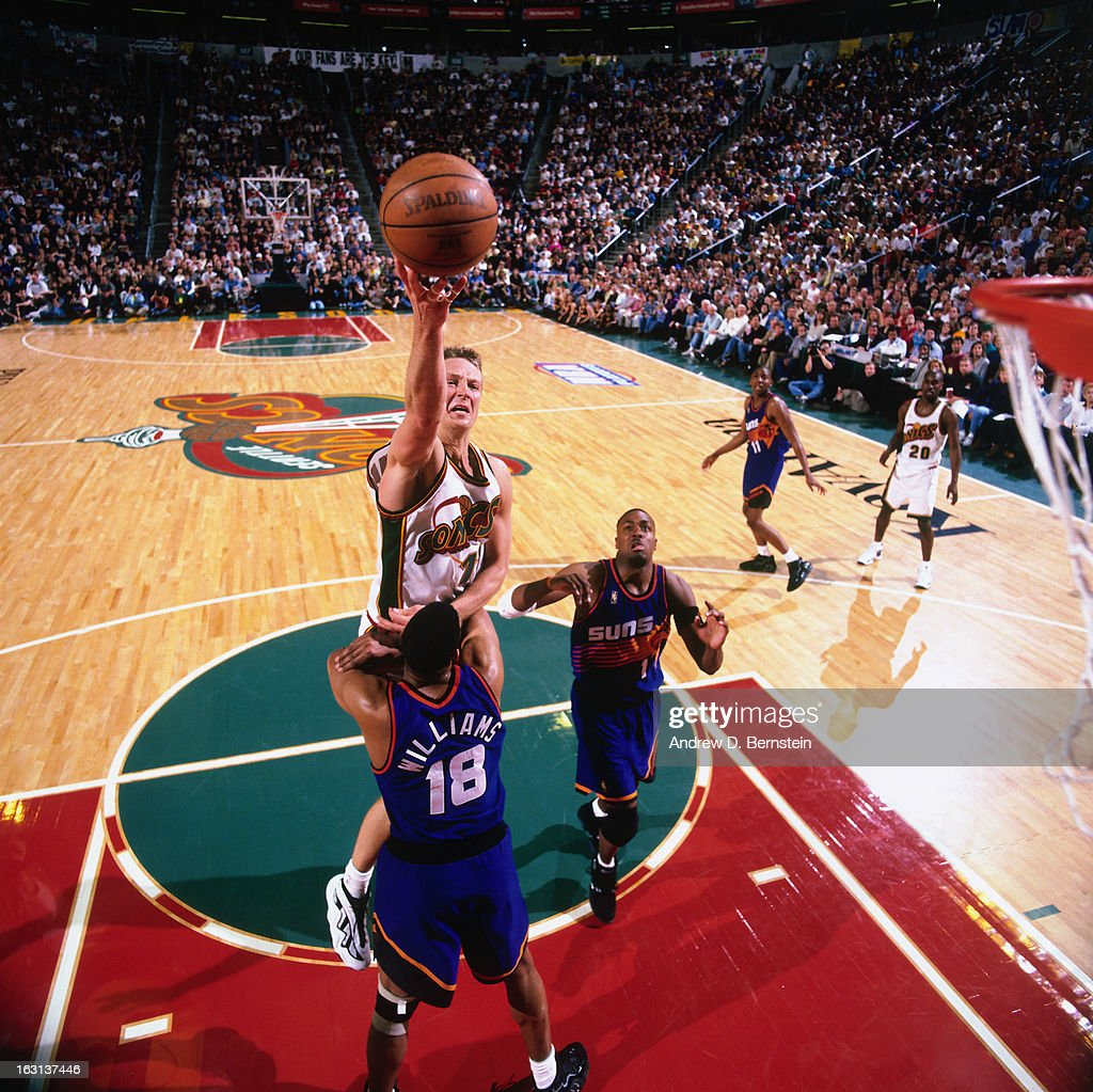 1997 NBA Playoffs Round e Game Five Phoenix Suns v Seattle