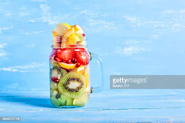 Detox water lemon, kiwi, strawberry, pomegranate