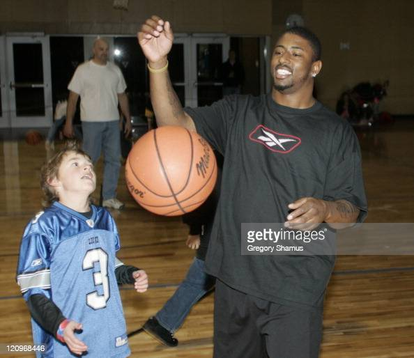 Detroit Lion Kevin Jones plays basketball at The Hot Spot during Super Bowl XL festivities at the Boll Family YMCA in Detroit Michigan on Feb 4 2006