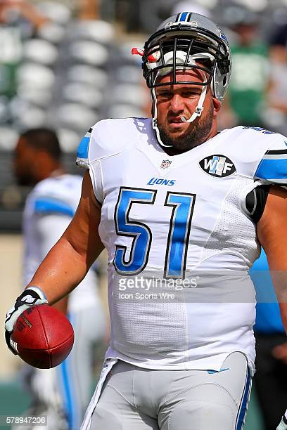 Detroit Lions center Dominic Raiola prior to the game between the New York Jets and the Detroit Lions played at MetLife Stadium in East RutherfordNJ...