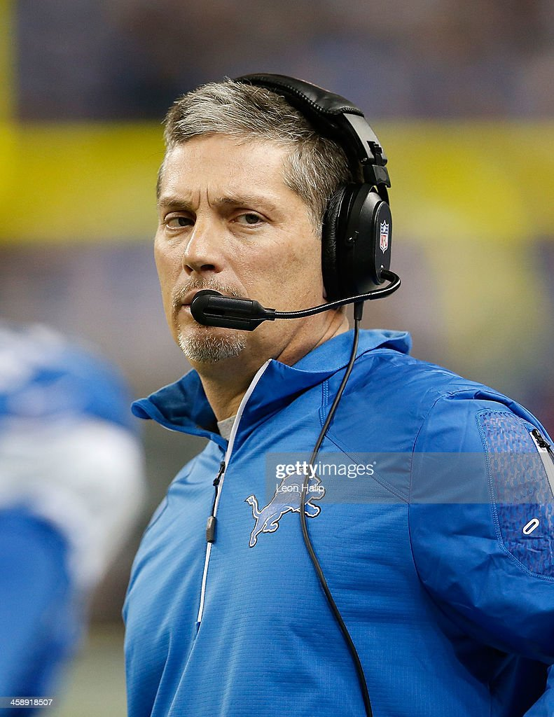 Detroit Lions head coach Jim Schwartz watches the action during the fourth quarter of the game against the New Yrok Giants at Ford Field on December 22, 2013 in Detroit, Michigan. The Giants defeated the Lions 23-20.