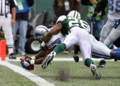 Detroit Lions RB Kevin Jones scores a Touchdown in action during the Jets' 3124 win over the Detroit Lions at the Meadowlands East Rutherford New...