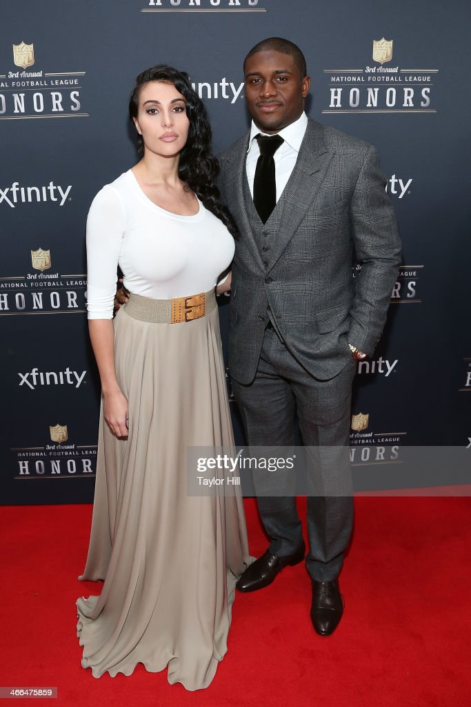Detroit Lions running back <a gi-track='captionPersonalityLinkClicked' href=/galleries/search?phrase=Reggie+Bush&family=editorial&specificpeople=183392 ng-click='$event.stopPropagation()'>Reggie Bush</a> attends the 3rd Annual NFL Honors at Radio City Music Hall on February 1, 2014 in New York City.