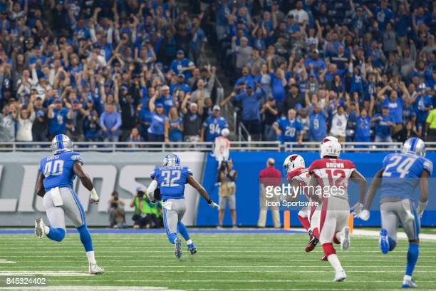 Detroit Lions safety Tavon Wilson returns an interception during first quarter game action between the Arizona Cardinals and the Detroit Lions on...