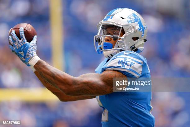 Detroit Lions wide receiver Kenny Golladay makes a catch during warm ups at the NFL preseason week 1 game between the Detroit Lions and the...