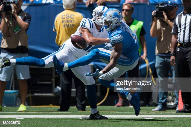 Detroit Lions wide receiver Kenny Golladay pulls in a one handed catch for a touchdown as Indianapolis Colts cornerback Quincy Wilson defends during...