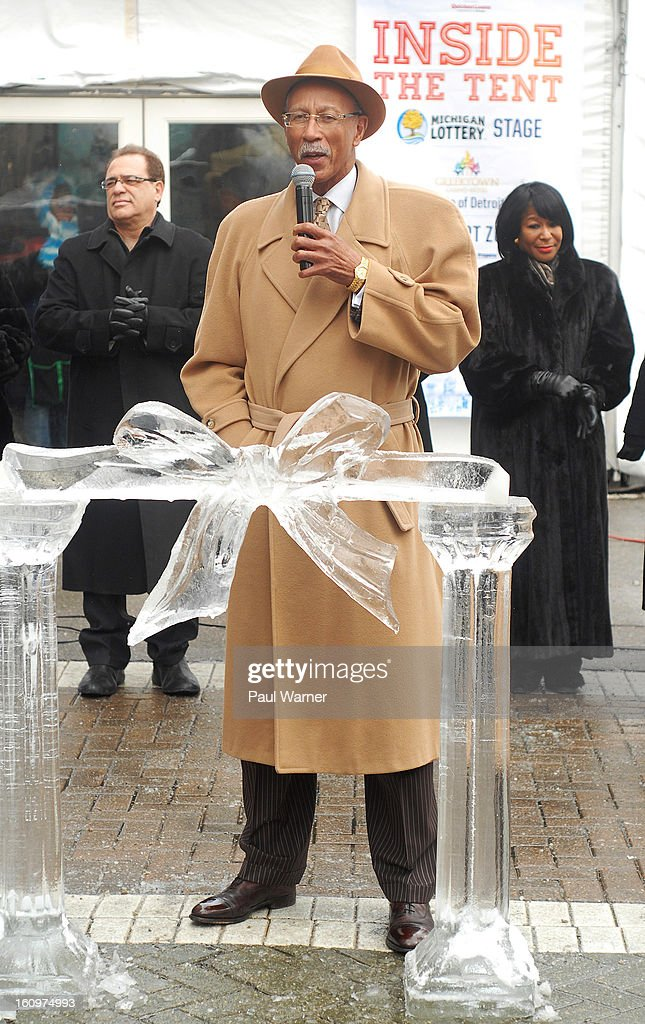 Detroit Mayor <a gi-track='captionPersonalityLinkClicked' href=/galleries/search?phrase=Dave+Bing&family=editorial&specificpeople=589690 ng-click='$event.stopPropagation()'>Dave Bing</a> addresses reporters during an opening ceremony at Motown Winter Blast at Campus Martius Park on February 8, 2013 in Detroit, Michigan.