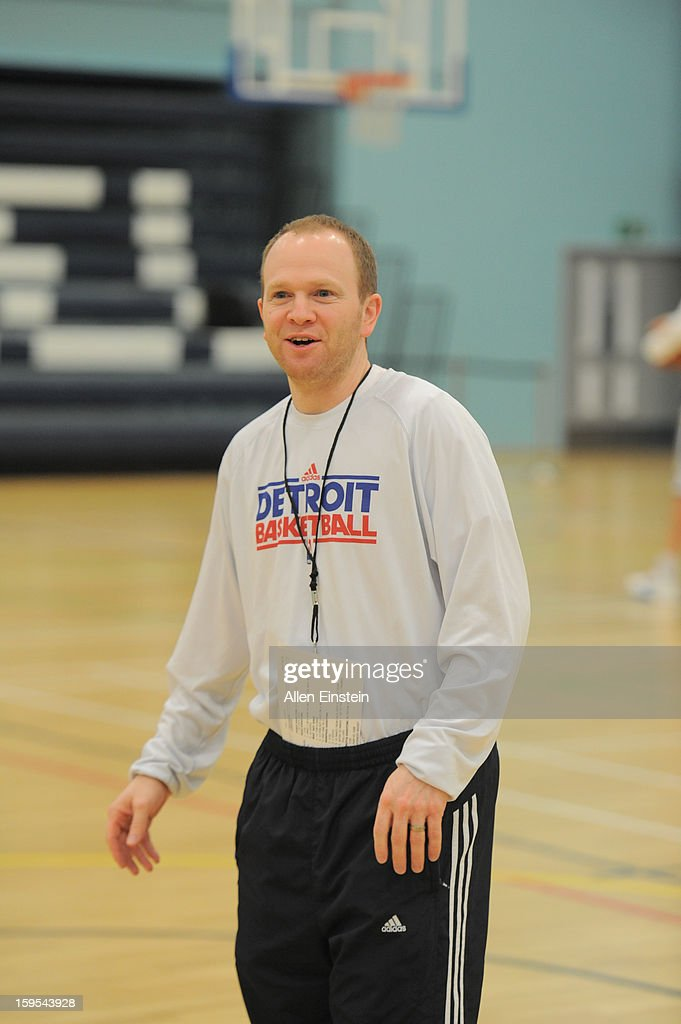 Detroit Pistons head coach <a gi-track='captionPersonalityLinkClicked' href=/galleries/search?phrase=Lawrence+Frank&family=editorial&specificpeople=208918 ng-click='$event.stopPropagation()'>Lawrence Frank</a> smiles during practice at the UEL SportsDock as part of the NBA London Live 2013 on January 15, 2013 in London, England.