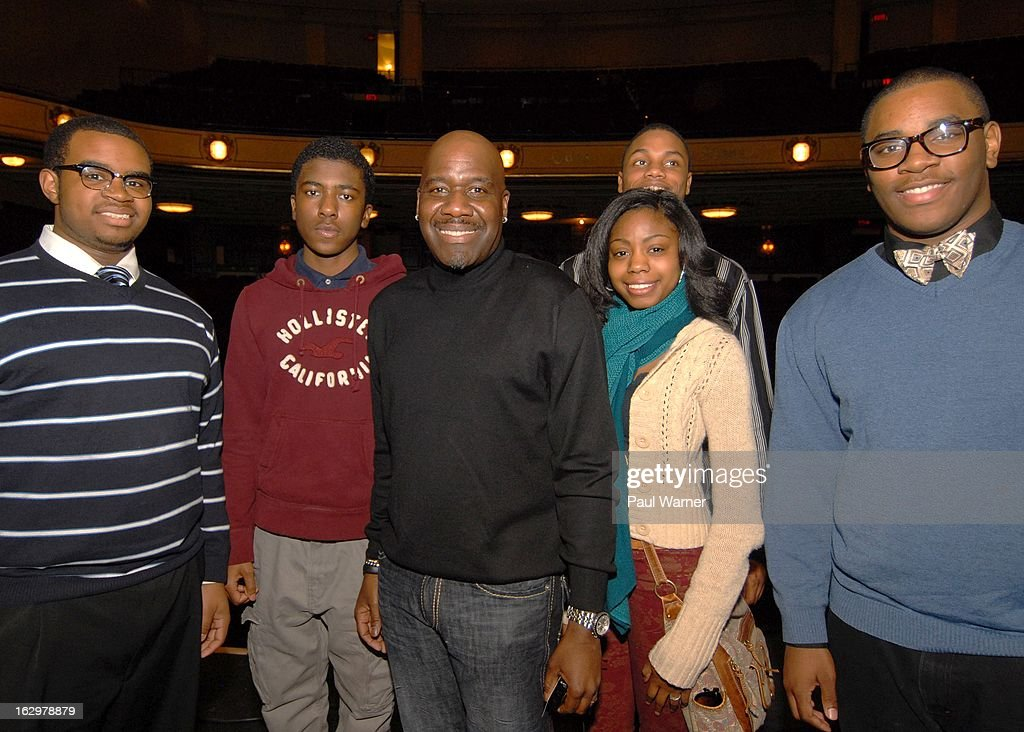Detroit School of the Arts music students <a gi-track='captionPersonalityLinkClicked' href=/galleries/search?phrase=Charles+Burton&family=editorial&specificpeople=217827 ng-click='$event.stopPropagation()'>Charles Burton</a>, Shane Moore, Jhanez Card, Redi Shorter and Derrick Bynum pose with Will Downing (C) after Downing's sound check at Music Hall Center on March 2, 2013 in Detroit, Michigan.