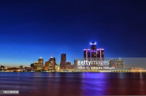 Detroit Skyline [Beautiful Dust]