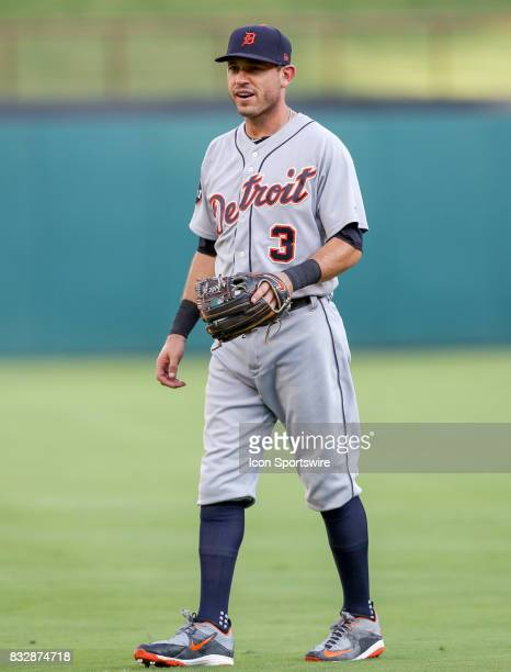 Detroit Tigers second baseman Ian Kinsler warms up before the MLB game between the Detroit Tigers and Texas Rangers on August 15 2017 at Globe Life...