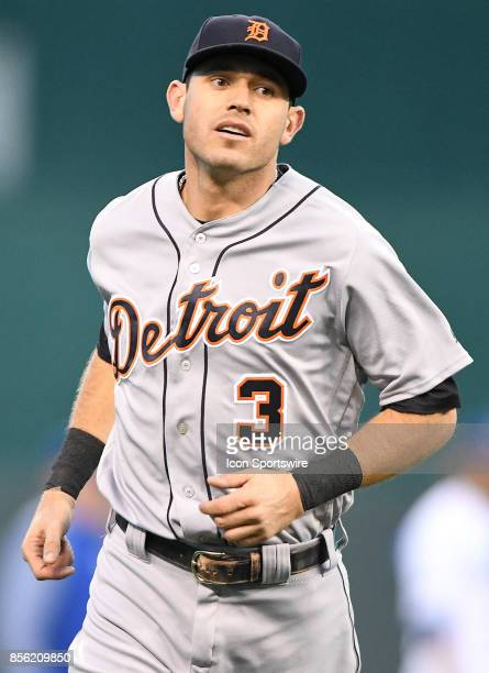Detroit Tigers second baseman Ian Kinsler works out before a Major League baseball game between the Detroit Tigers and the Kansas City Royals on...
