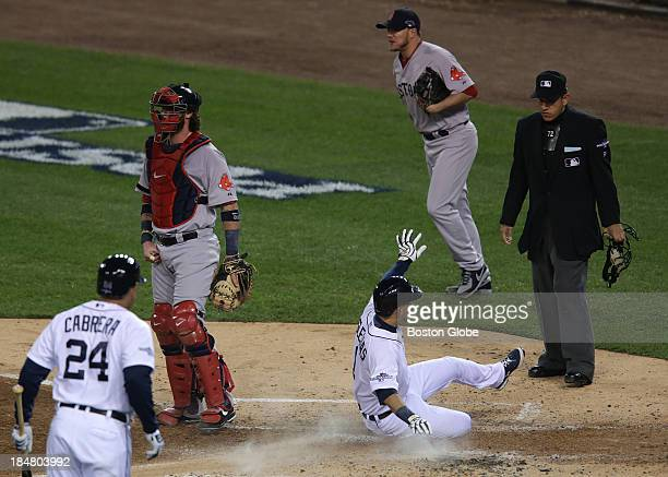 Detroit Tigers shortstop Jose Iglesias scores from first base on a double by Detroit Tigers right fielder Torii Hunter not pictured during a fiverun...