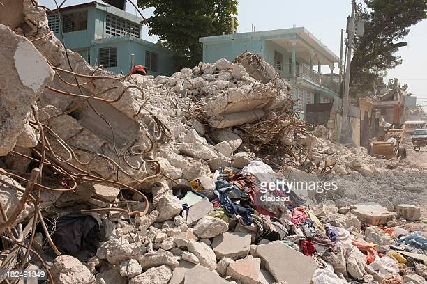 Detsroyed houses after earthquake