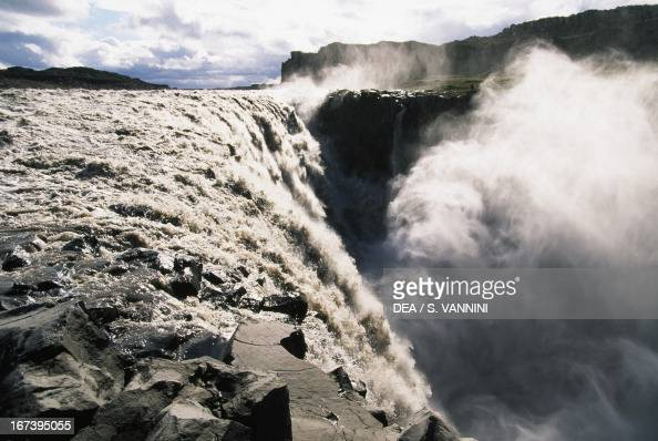 Dettifoss Waterfall Jokulsa gorges National Park SudurThingeyjarsysla Iceland