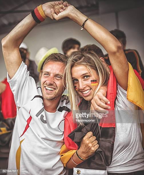 deutsch Unterstützer im Fußballstadion