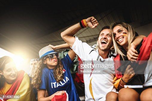 deutsch partisan au stade de football