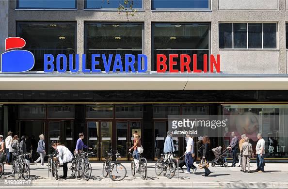 deutschland berlin shoppingcenter boulevard berlin in der schlo stra e pictures getty images. Black Bedroom Furniture Sets. Home Design Ideas