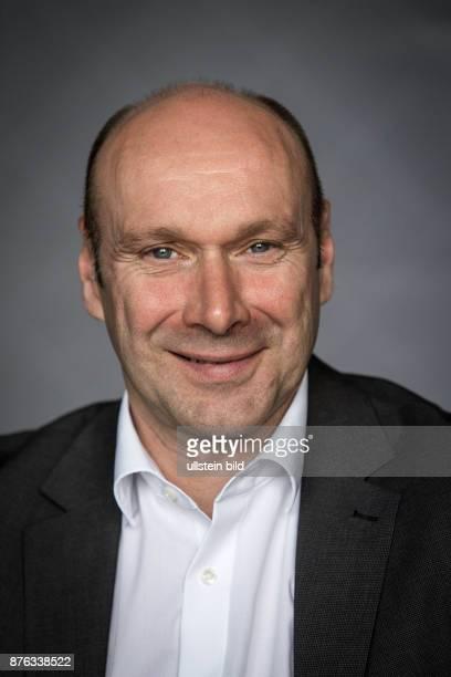 DEU Deutschland Germany Berlin Porträt von Udo Wolf Die Linken