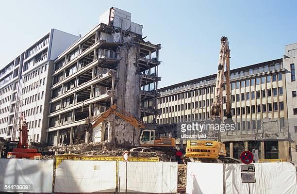 Deutschland Hamburg Neustadt Abriss des ehemaligen HoerzuHauses Ecke Fuhlentwiete und ABCStrasse