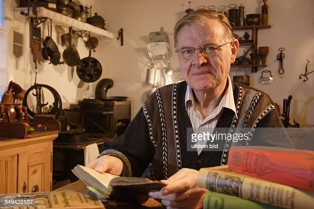 DEU Deutschland WetterWengern das Henriette Davidis Museum Die Pfarresrtochter gilt als die beruehmteste Koechin und Kochbuchautorin Deutschlands...